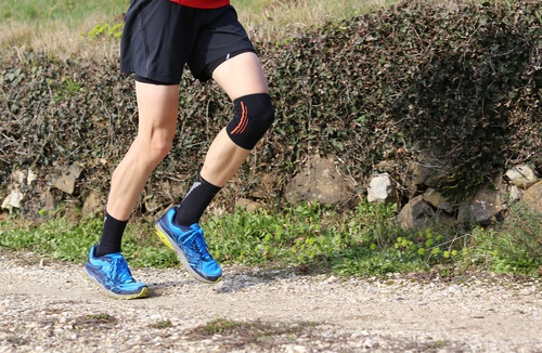knee brace1